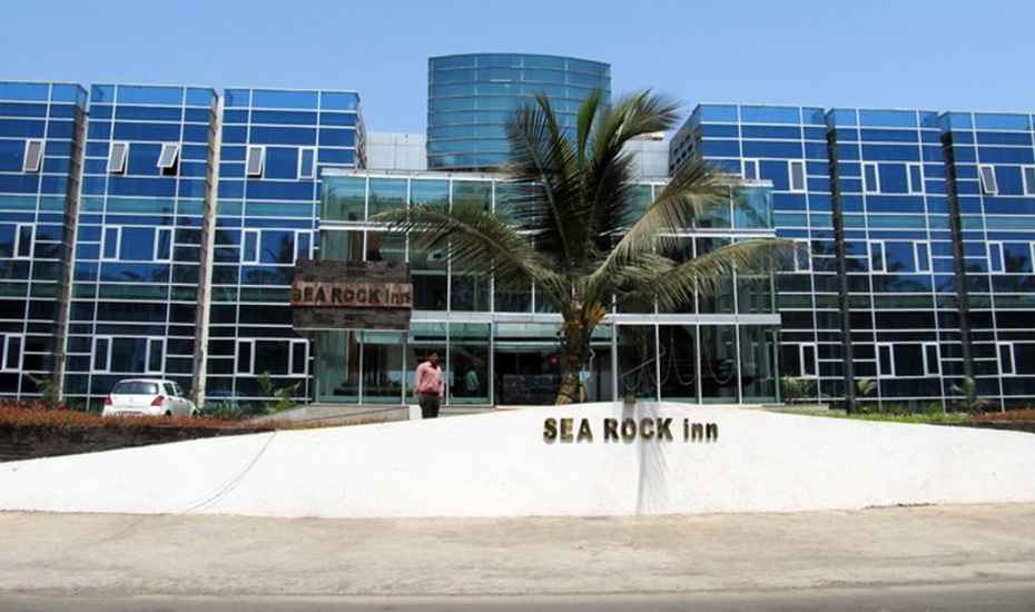 Sea Rock Inn Hotel Daman